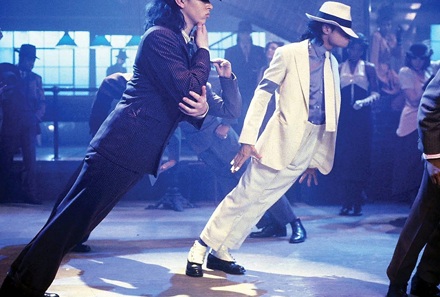 E101 Michael Jackson Smooth Criminal.jpg